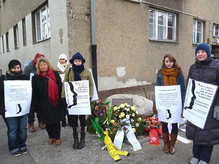 Mahnwache zum 7. Todestag von Hatun Sürücü, Foto © TERRE DES FEMMES
