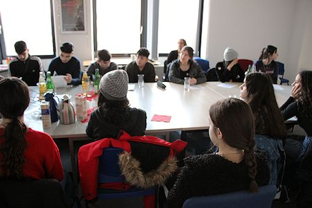 Diesterweg high school students discuss female genital mutilation. Photo: © TERRE DES FEMMES 2020