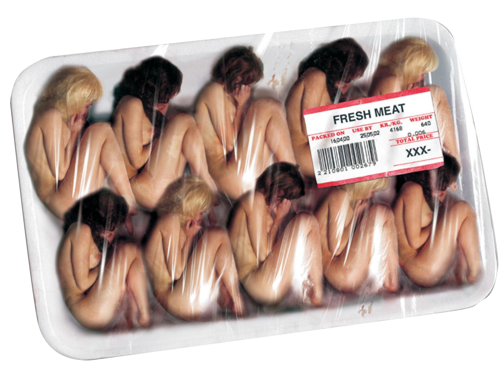Сексуальное рабство при людях 9 фотография